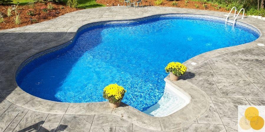 big pool attractive nuisance
